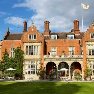 The Time Travelling Family's Stay At Tylney Hall