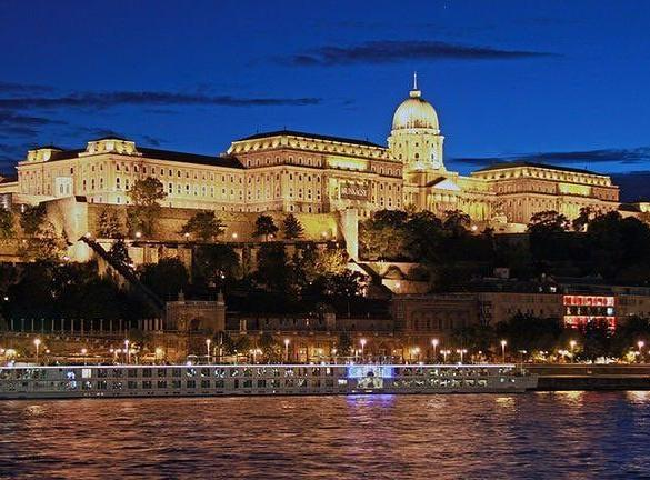 Experience Breathtaking Budapest