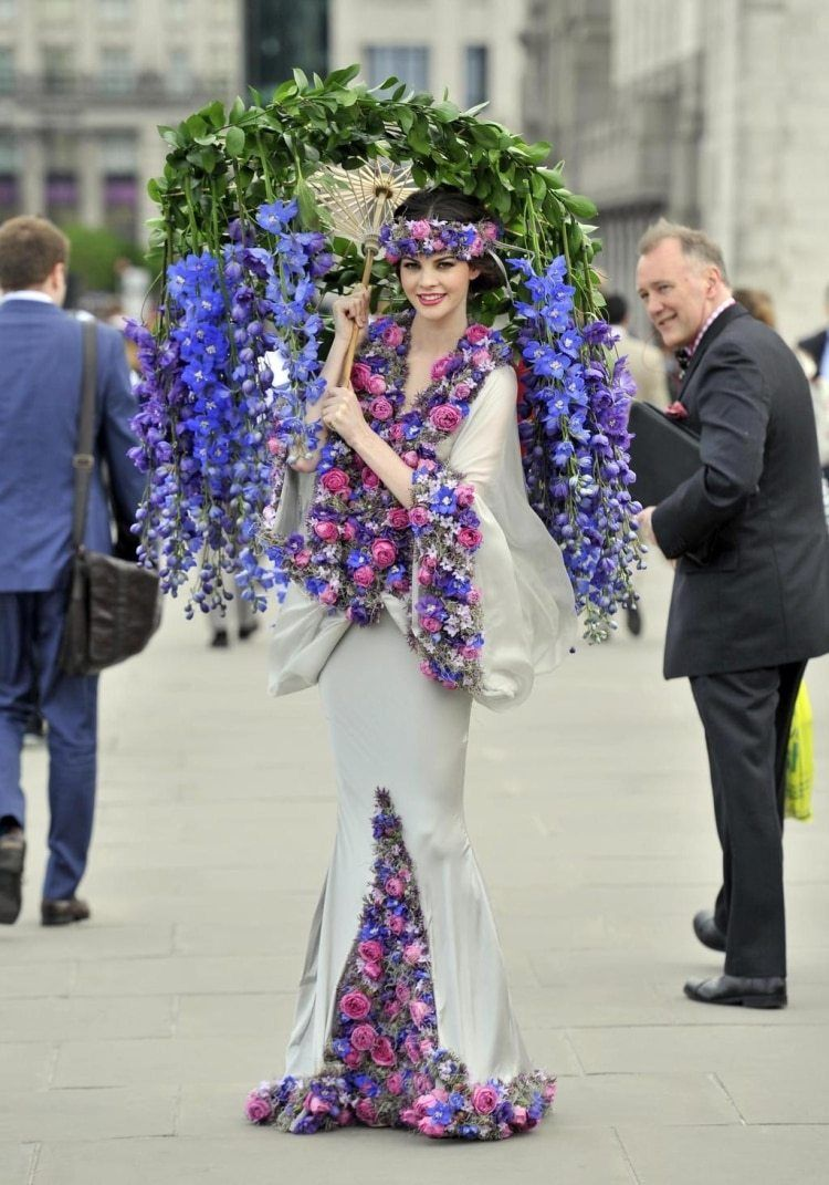 Flower Dress Kicks Off RHS Chelsea Flower Show 2015