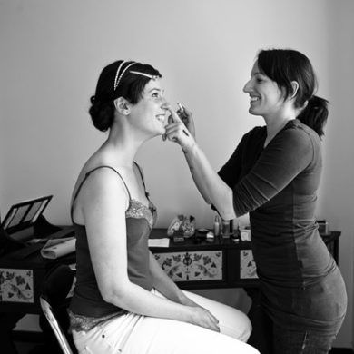 Flawless Tips For Wedding Make Up