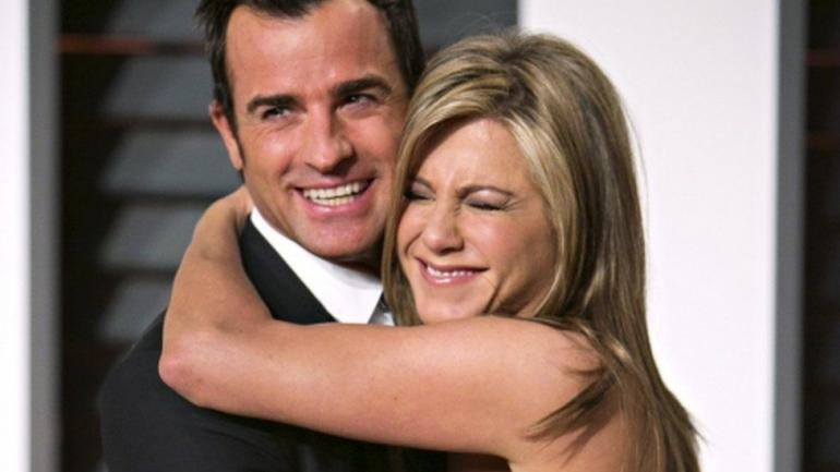 Jennifer Aniston and Justin Theroux Pull Off Surprise Wedding