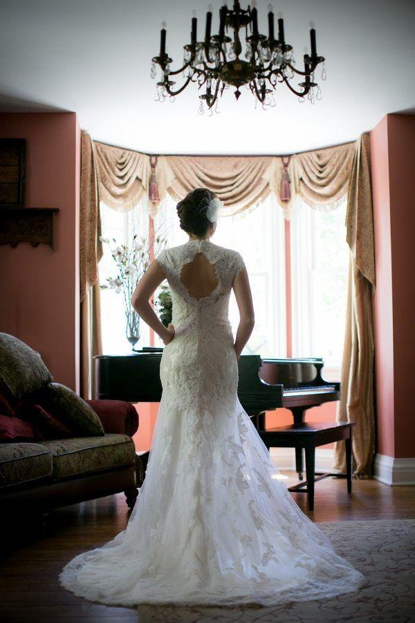 Real Weddings – Orchard Love Story Under Clear Niagara Skies