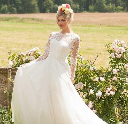 Lyn Ashworth By Sarah Barrett To Be Loved Bridal Collection