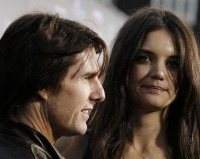 Tom Cruise And Katie Holmes Get Divorced