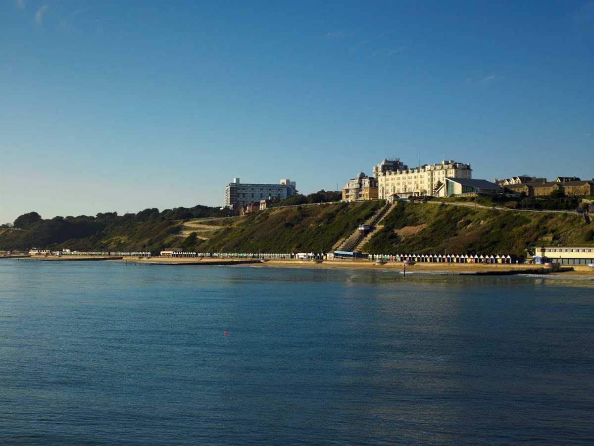 The Bournemouth Highcliff Marriott Hotel Reviewed