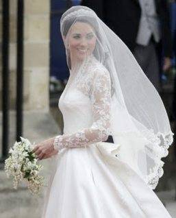 Understated Elegance Is the Perfect Mix For A Modern Royal Wedding
