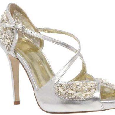 Unique Wedding Shoes For The Style Conscious Brides