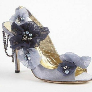 Something blue for your wedding – beautiful wedding shoes
