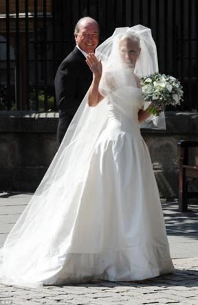 Zara Phillips Wedding Gown By Stewart Parvin