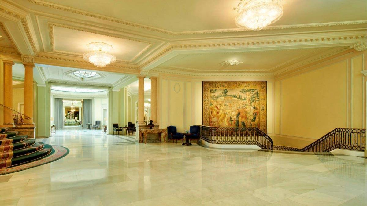 79_The_Westin_Palace_Madrid_Main_Stairs_Area3