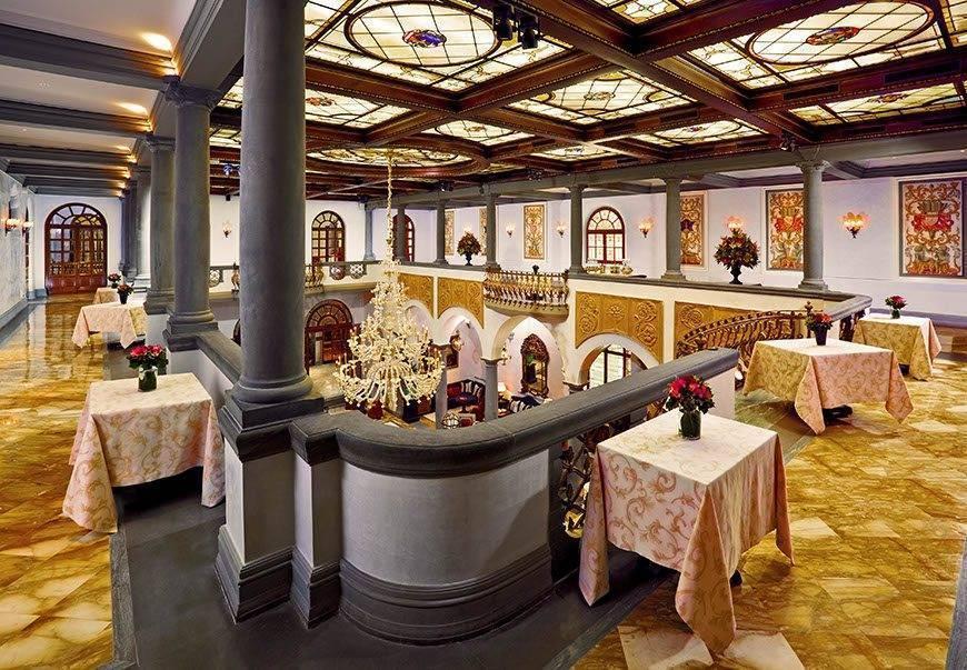 Balconata - Luxury Wedding Gallery