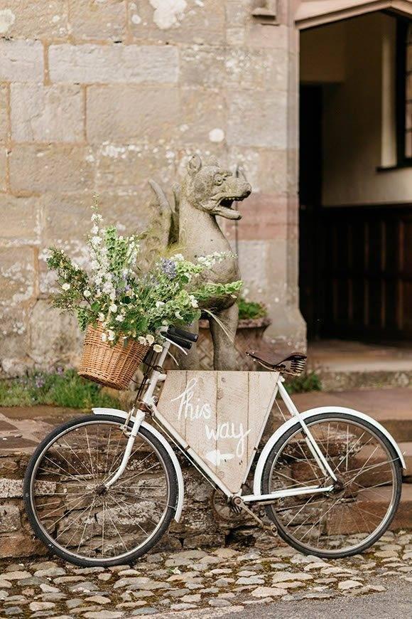 Bicycle sign - Luxury Wedding Gallery