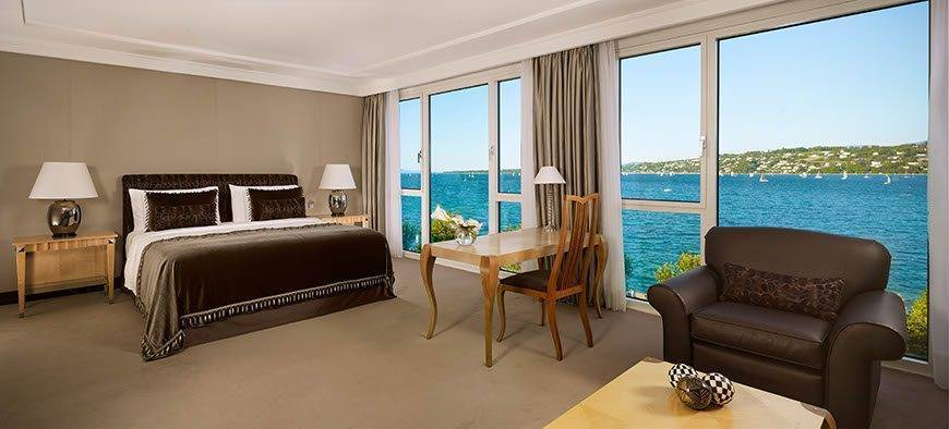 Crown Suite bedroom Hotel President Wilson a Luxury Collection Hotel Geneva - Luxury Wedding Gallery