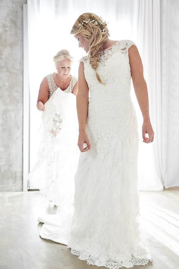 Dream Weddings Mykonos Bridal preparation 2 - Luxury Wedding Gallery