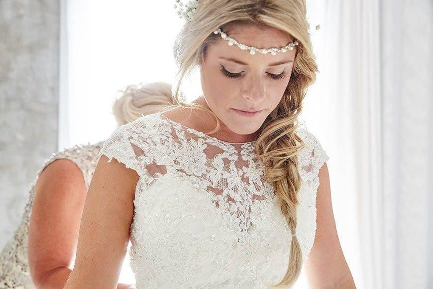 Dream Weddings Mykonos Bridal preparation - Luxury Wedding Gallery
