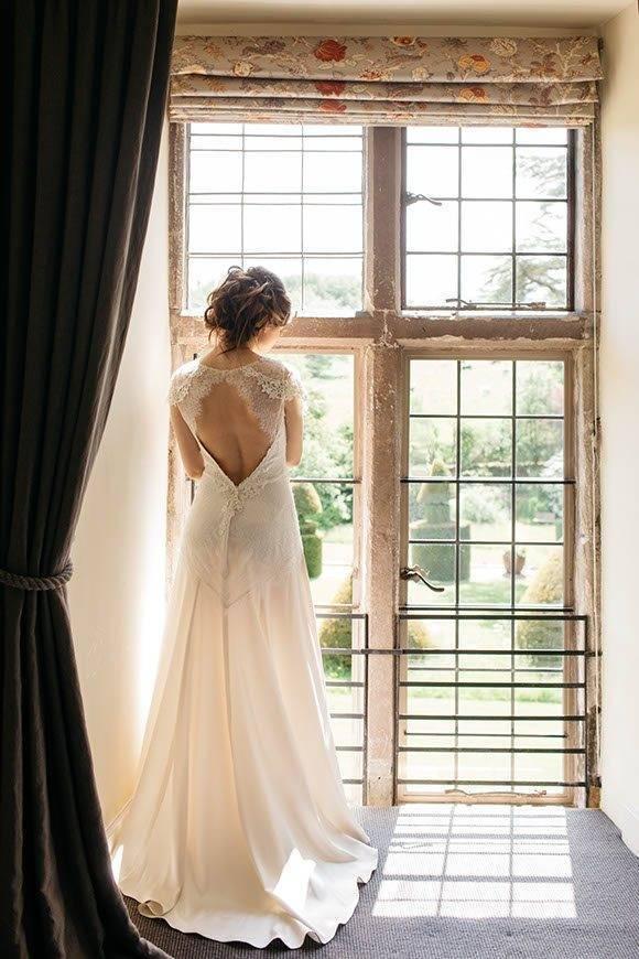 Interior-with-bride