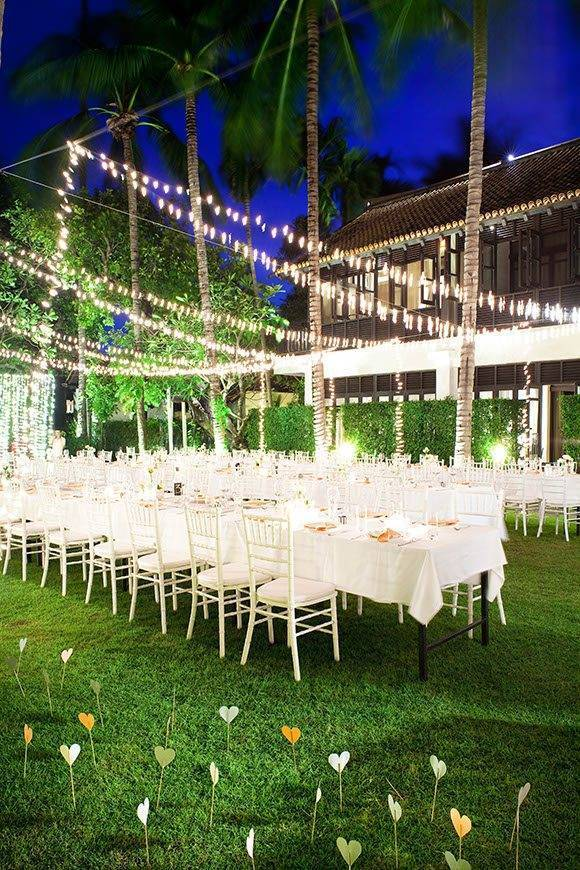 Le Me%CC%81ridien Koh Samui Resort Spa Dinner at The Lawn 02 - Luxury Wedding Gallery