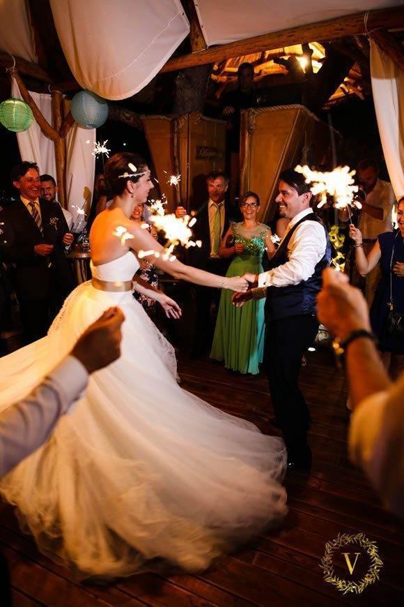 Martina and Boris first dance in Hvar - Luxury Wedding Gallery