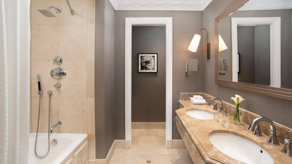 New-gallery-Bathroom-The-Westin-Palace-Madrid-1600x900