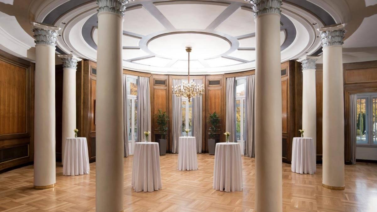 New-gallery-C-novas-meeting-room-The-Westin-Palace-Madrid-1600x900