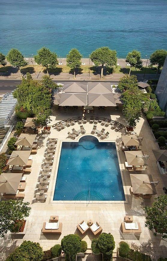Poolgarden-terrace-Hotel-President-Wilson-a-Luxury-Collection-Hotel-Geneva