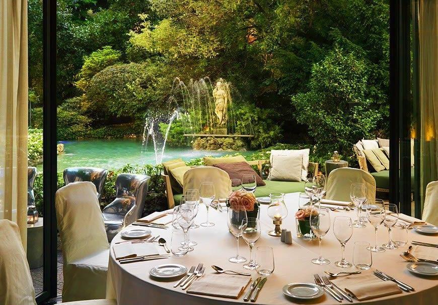 Sheraton-milan-Itallian-wedding-venues-Diana-Garden-Lounge-Gala-Dinner-set-up