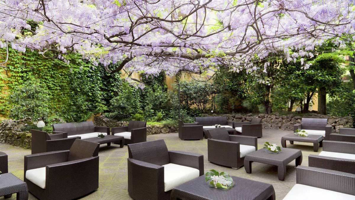 Sheraton_Diana_Majestic_Hotel_Garden_Exterior