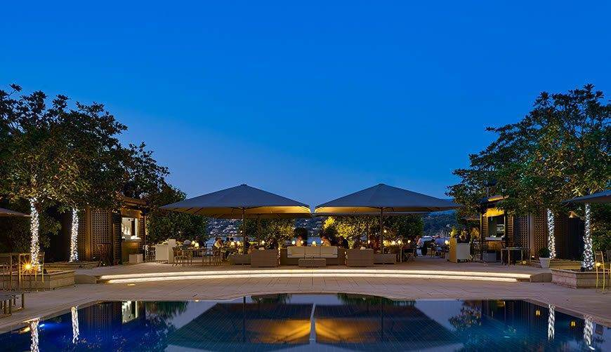 Umami-by-Michel-Roth-restaurant-by-the-pool-Hotel-President-Wilson-a-Luxury-Collection-Hotel-Geneva