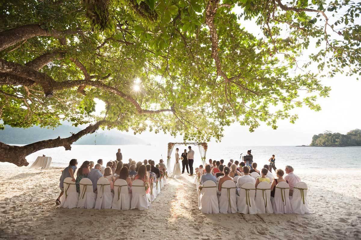 Wedding-Ceremony-at-Northwing-Beachfront-1