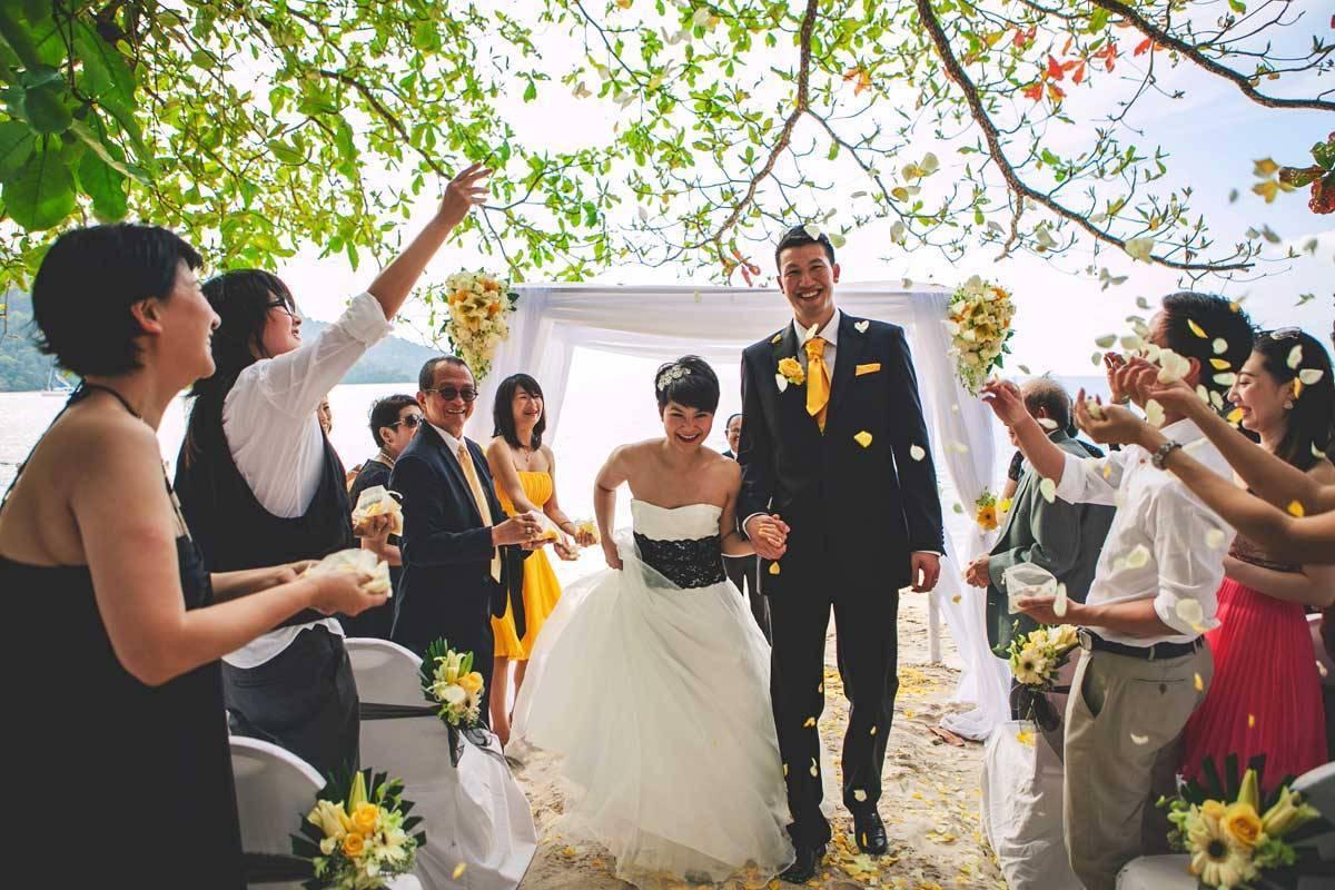 Wedding-Ceremony-at-Northwing-Beachfront-2