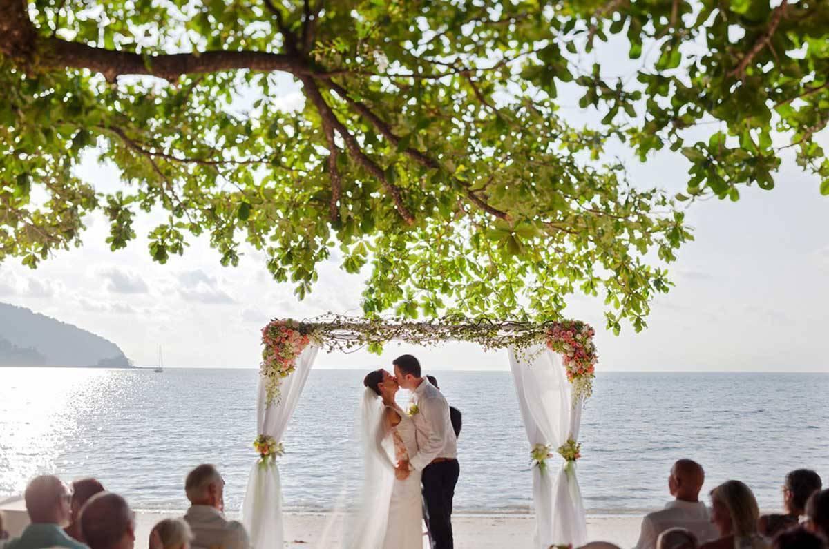 Wedding-Ceremony-at-Northwing-Beachfront-3