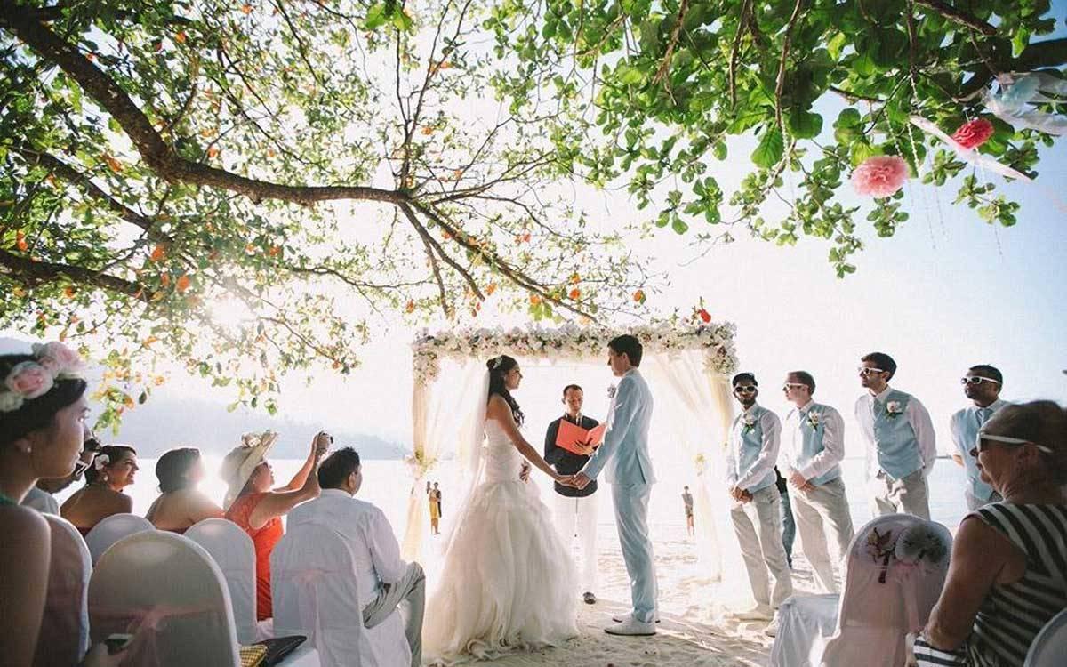 Wedding-Ceremony-at-Northwing-Beachfront-4