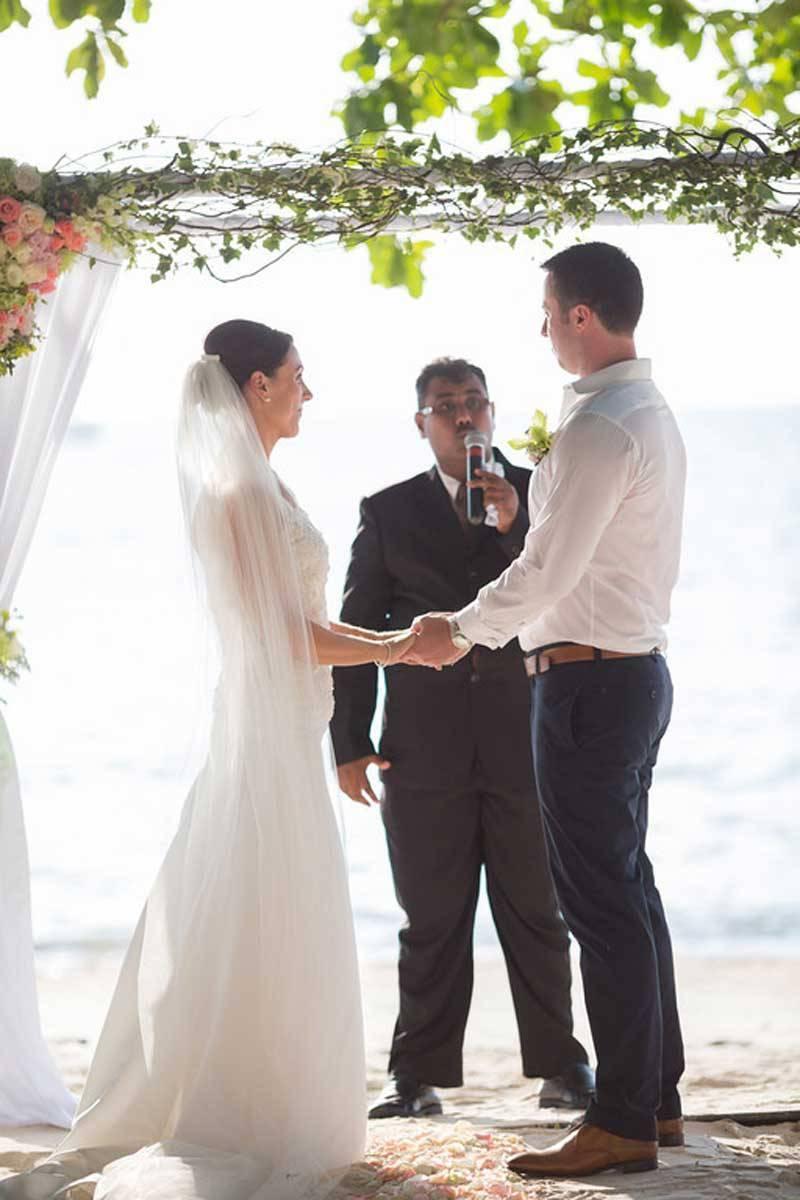 Wedding-Ceremony-at-Northwing-Beachfront-5