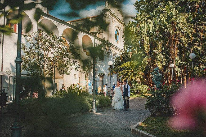 Wedding-Couple-Sorrento-Cloisters
