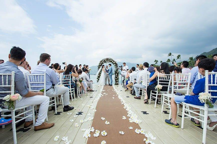 Western Wedding at Ocean Pier 04 - Luxury Wedding Gallery