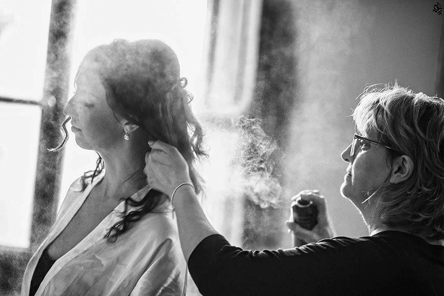 getting ready bride - Luxury Wedding Gallery
