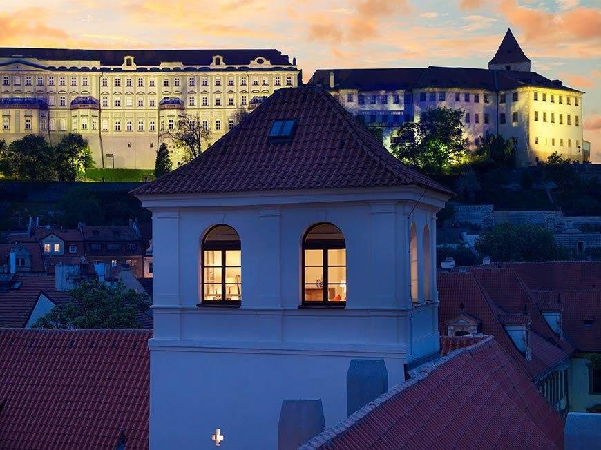 lux4310ex 168502 Tower Suite - Luxury Wedding Gallery