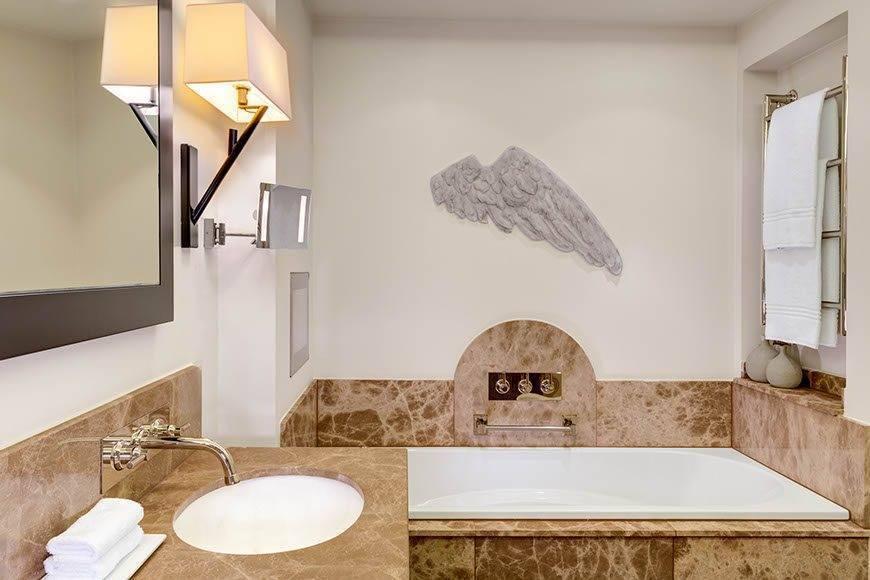 lux4310gb 179427 Bathroom - Luxury Wedding Gallery