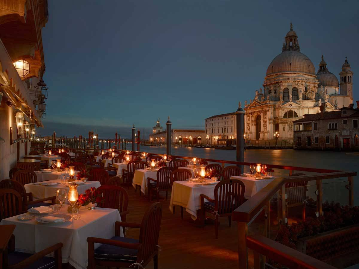 lux73re 135464 Club del Doge Restaurant Terrace Evening - Luxury Wedding Gallery