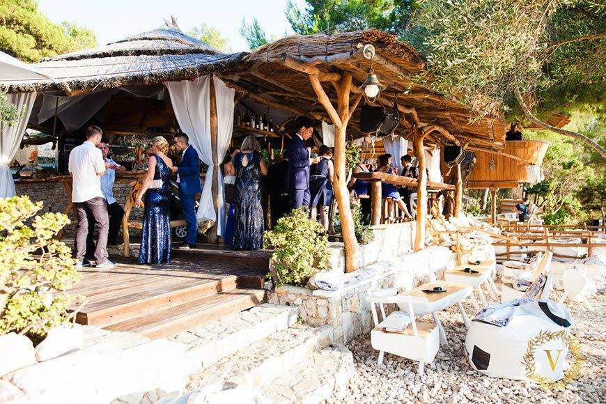 luxury-wedding-on-a-private-beach-venue-in-Hvar