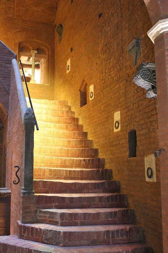 stairs 2 - Luxury Wedding Gallery