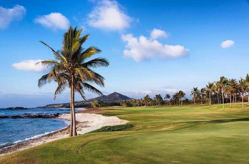 str1734go 196646 Punta Mita Golf Course - Luxury Wedding Gallery