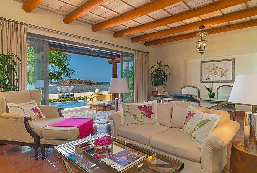 str1734gr 188570 One Bedroom Beachfront Villa living room - Luxury Wedding Gallery