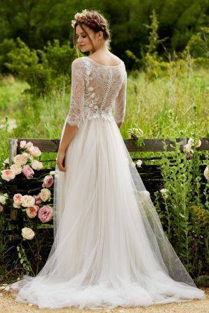 wedding-dresses-detailed-lace-back-amelie-love-marley-watters-683x1024