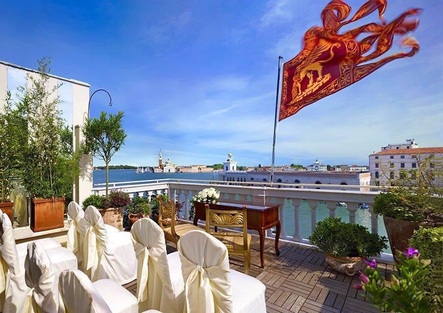wes75br 123515 Deluxe Terrace Suite wedding ceremony setup - Luxury Wedding Gallery