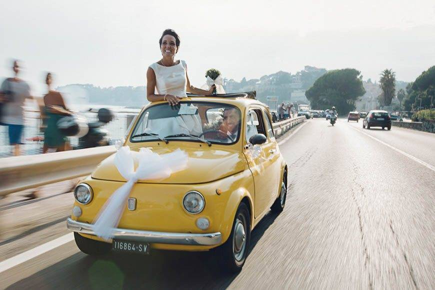 yellow-fiat-500-italy-wedding