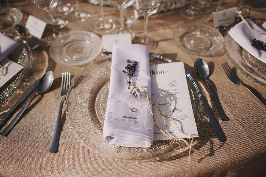 Beautful table setting by Alago Events - Luxury Wedding Gallery