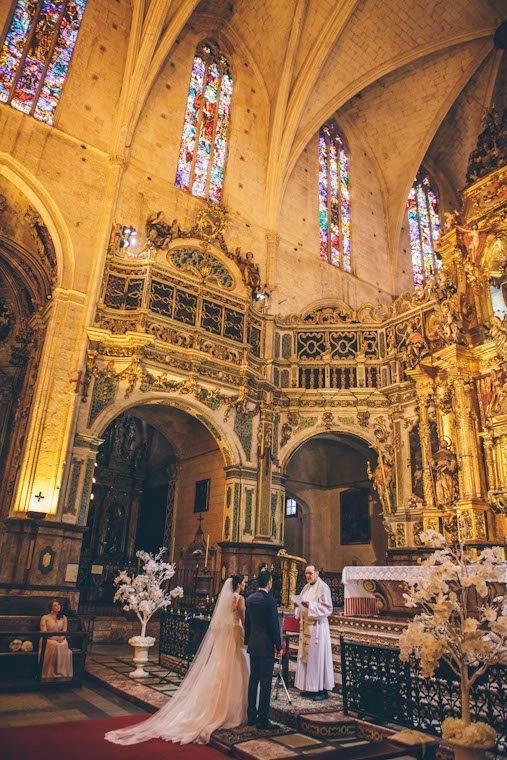 Catholic church ceremony by Alago Events - Luxury Wedding Gallery