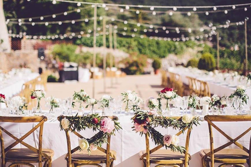Colourful wedding reception by Alago Event - Luxury Wedding Gallery