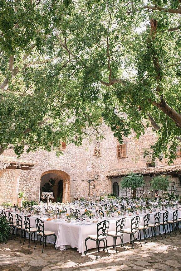 Courtyard banquet by Alago Events - Luxury Wedding Gallery